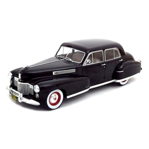 Cadillac Fleetwood Series 60 Special Sedan zwart - Modelauto 1:18