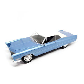 KK-Scale Cadillac DeVille met Softtop 1967 lichtblauw metallic/wit - Modelauto 1:18