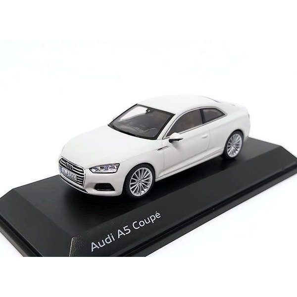 Modelauto Audi A5 Coupe 2017 Gletsjer wit 1:43   Spark