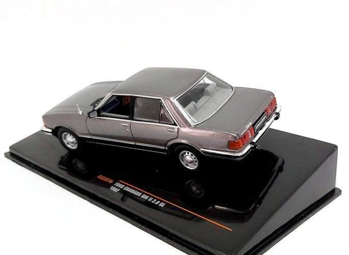 Ford Granada MKII 2.8 GL 1982 grau metallic Modellauto 1:43 ixo models