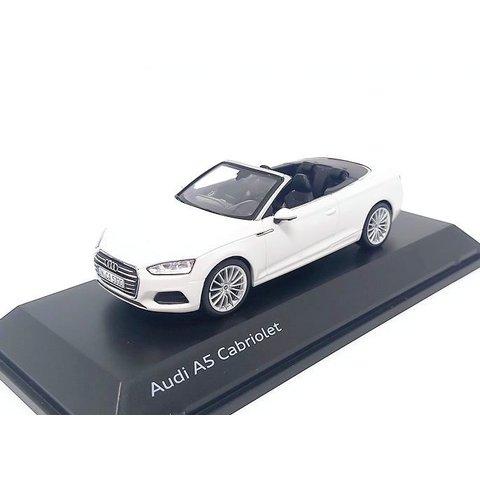 Audi A5 Cabriolet 2017 Tofana white - Model car 1:43