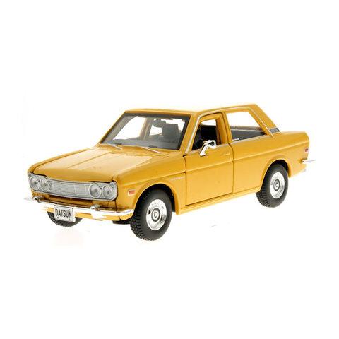 Datsun 510 1971 geel - Modelauto 1:24