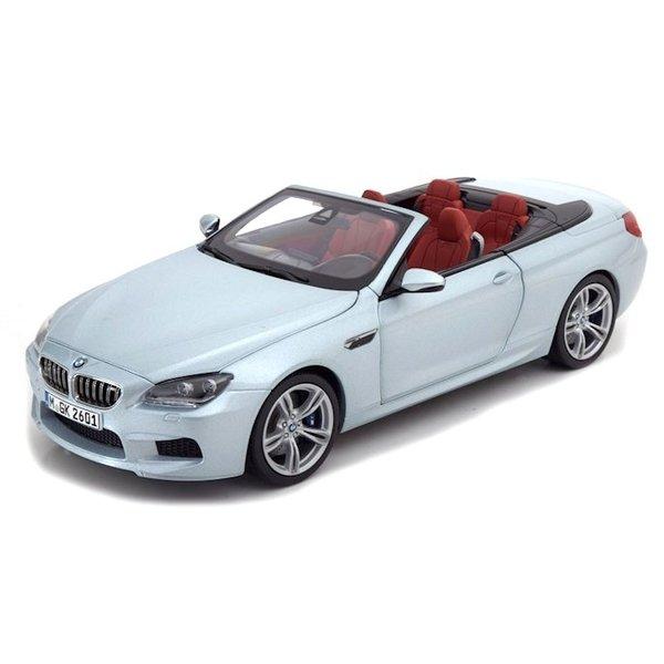 Modelauto BMW M6 Cabriolet (F12) 2012 zilverblauw metallic 1:18