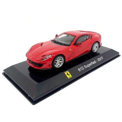Ferrari 812 Superfast 2017 red - Model car 1:43