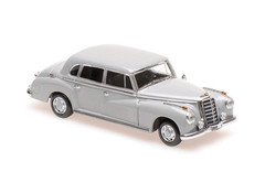 Products tagged with Mercedes Benz 300 1:43