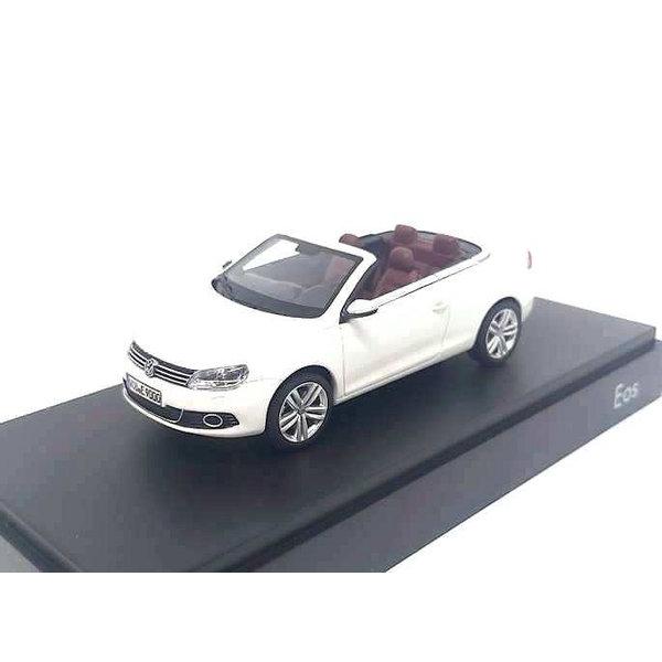 Modelauto Volkswagen Eos 2011 wit 1:43