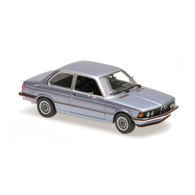Maxichamps BMW 323i (E21) 1975 light blue metallic - Model car 1:43
