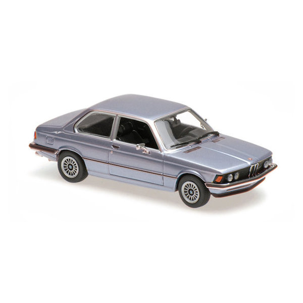 Modelauto BMW 323i (E21) 1975 lichtblauw metallic 1:43