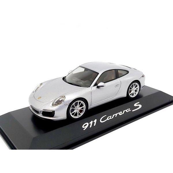Modelauto Porsche 911 (991 II) Carrera S Coupe 2016 zilver 1:43