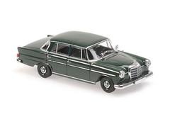 Producten getagd met Maxichamps Mercedes Benz 190