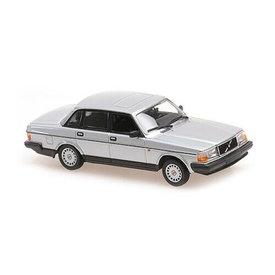 Maxichamps Volvo 240 GL 1986 silver metallic - Model car 1:43