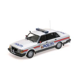 Minichamps Volvo 240 GL 1986 Politie Noorwegen - Modelauto 1:18