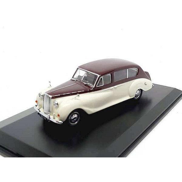 Model car Austin Princess maroon / old english white 1:43