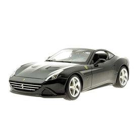 Bburago Ferrari California T (closed top) black - Model car 1:18