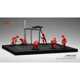 Ixo Models Pit stop set rood met 6 figuren, palen en slangen 1:43
