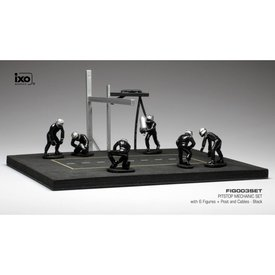 Ixo Models | Pit stop set black with 6 figures, pole and hoses 1:43