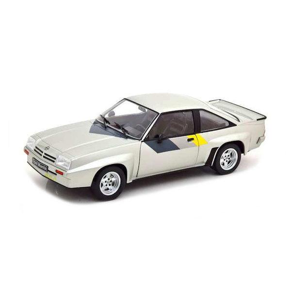 Model car Opel Manta B 400 1981 silver 1:24   WhiteBox