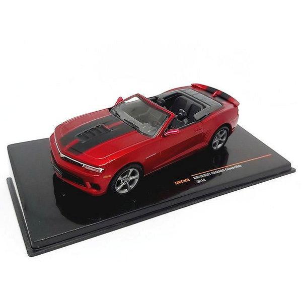 Modelauto Chevrolet Camaro Convertible 2014 rood metallic 1:43