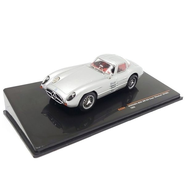 Modelauto Mercedes Benz 300 SLR Coupe 'Uhlenhout' (W196S) 1955 zilver 1:43