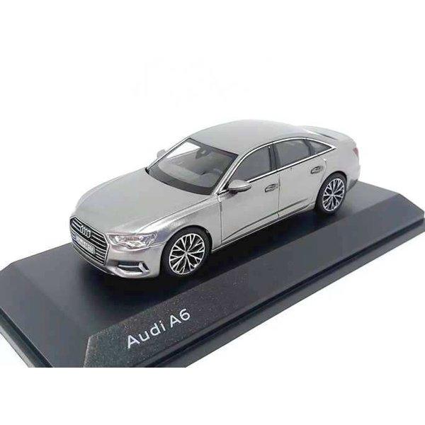 Modelauto Audi A6 C8 Saloon 2018 Taifun grijs 1:43