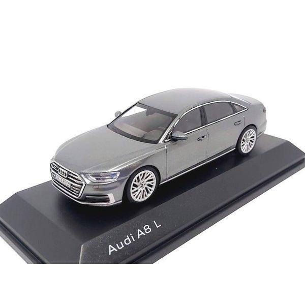 Modelauto Audi A8 L 2017 Monsun grijs 1:43 | iScale