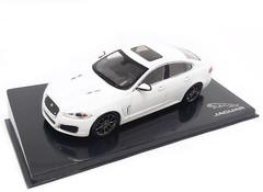 Producten getagd met Jaguar XFR 1:43