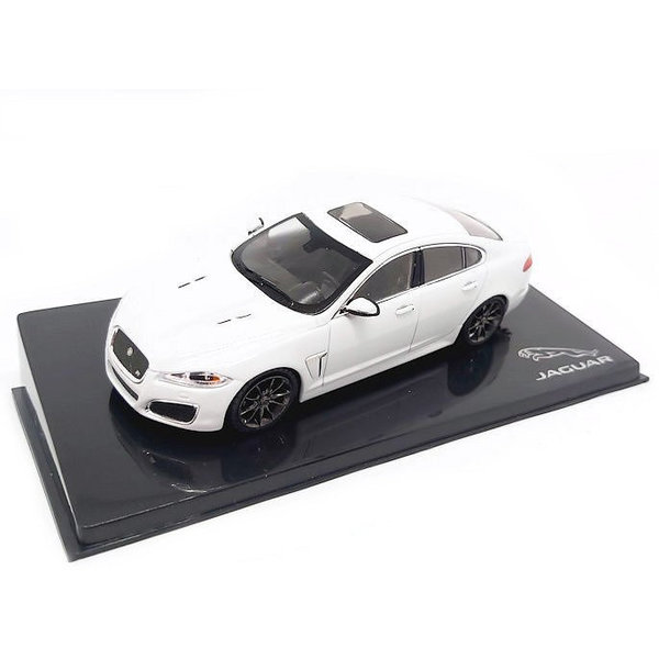 Model car Jaguar XFR Polaris white 1:43 | Ixo Models