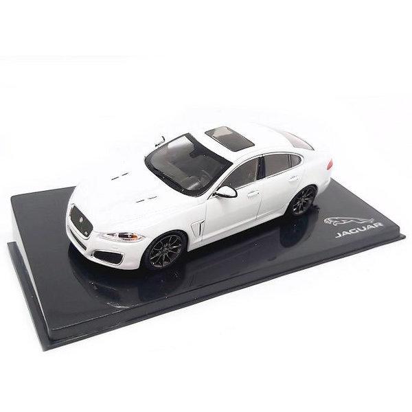 Modellauto Jaguar XFR Polaris weiß 1:43
