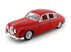 Producten getagd met Jaguar Mk 2 1:18