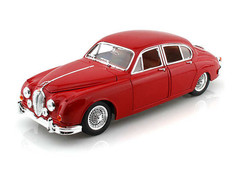 Products tagged with Jaguar Mk 2 1:18