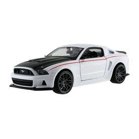 Maisto Modelauto Ford Mustang Street Racer 2014 wit/zwart 1:24