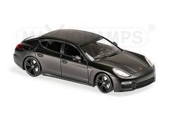 Producten getagd met Porsche Panamera 1:43