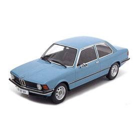 KK-Scale BMW 318i (E21) 1975 light blue metallic - Model car 1:18