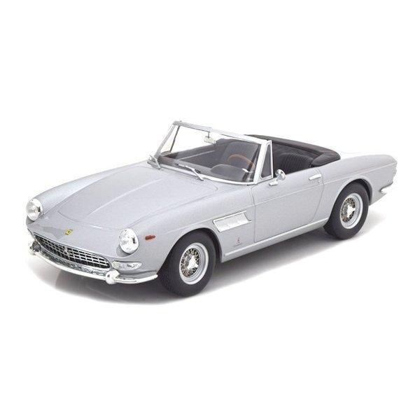 Modelauto Ferrari 275 GTS Pininfarina Spyder 1964 zilver 1:18   KK-Scale
