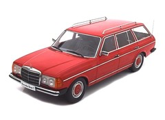 Products tagged with Mercedes Benz 250T 1:18