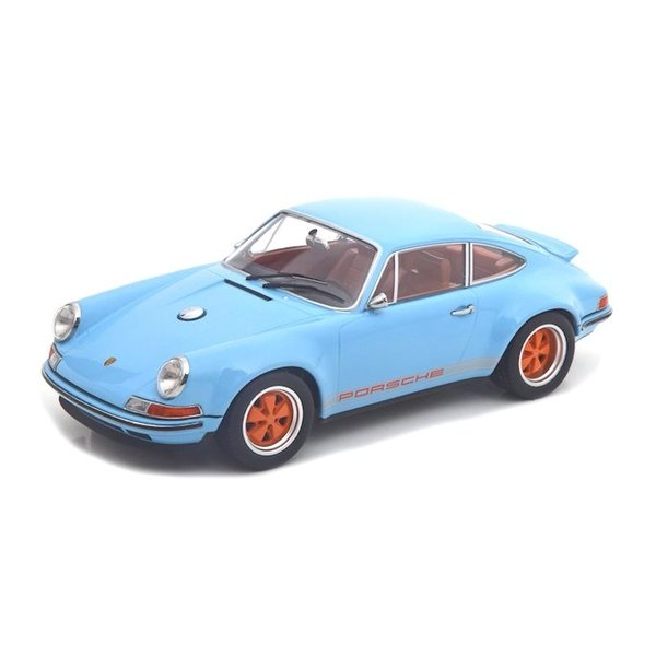 Modelauto Porsche 911 Coupe by Singer 2014 lichtblauw 1:18 | KK-Scale