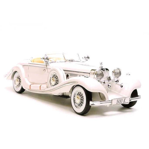 Modelauto Mercedes Benz 500K Special Roadster 1936 wit 1:18