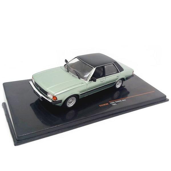 Model car Ford Taunus Ghia 1983 light green metallic 1:43 | Ixo Models