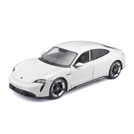 Bburago Modelauto Porsche Taycan Turbo S wit 1:24