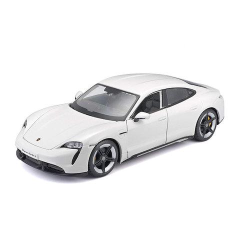 Porsche Taycan Turbo S white - Model car 1:24