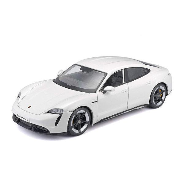 Model car Porsche Taycan Turbo S white 1:24   Bburago