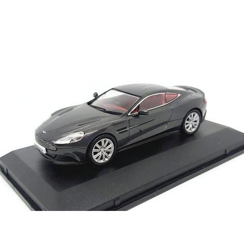 Aston Martin Vanquish Coupe Quantum zilver - Modelauto 1:43