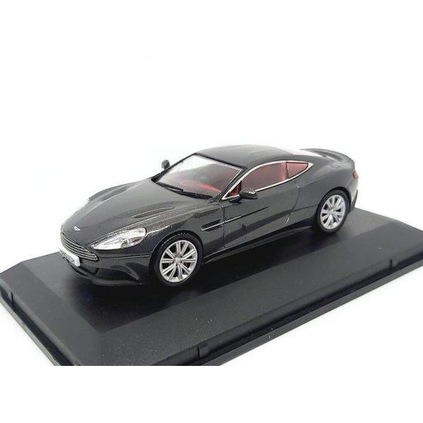 Modelauto Aston Martin Vanquish Coupe Quantum zilver 1:43 | Oxford Diecast