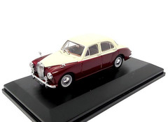 Products tagged with MG Magnette 1:43