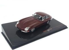 Producten getagd met Jaguar E-type 1:43