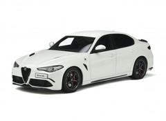 Producten getagd met Alfa Romeo Giulia 1:18