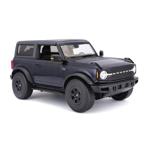 Modelauto Ford Bronco Wildtrak 2021 donkerblauw 1:18