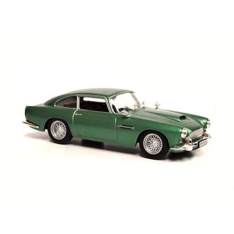 Aston Martin DB4 Coupe green metallic - Model car 1:43