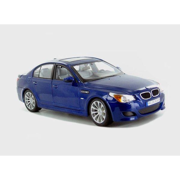 Model car BMW M5 blue 1:18