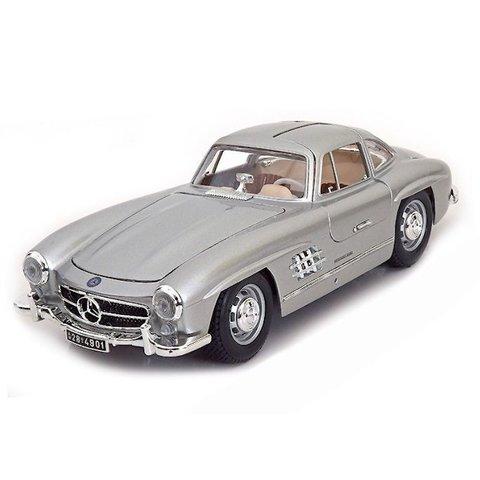 Mercedes Benz 300 SL Coupe 1954 zilver - Modelauto 1:18